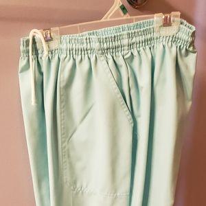 Koret pull on slacks size 10 petite
